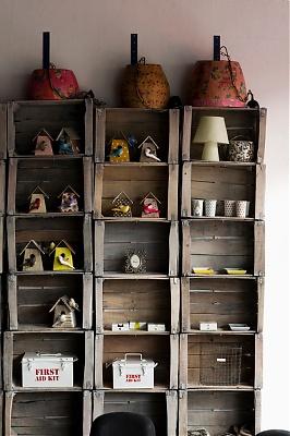 http://www.unjenesaisquoi-deco.fr/Magazine/photos/lampeJarrepapieretagere_1257179099.jpg