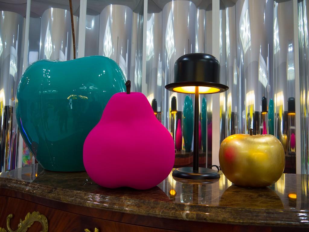 Cerise; poire; pomme Bull & Stein; Chapeau melon La chaise Longue