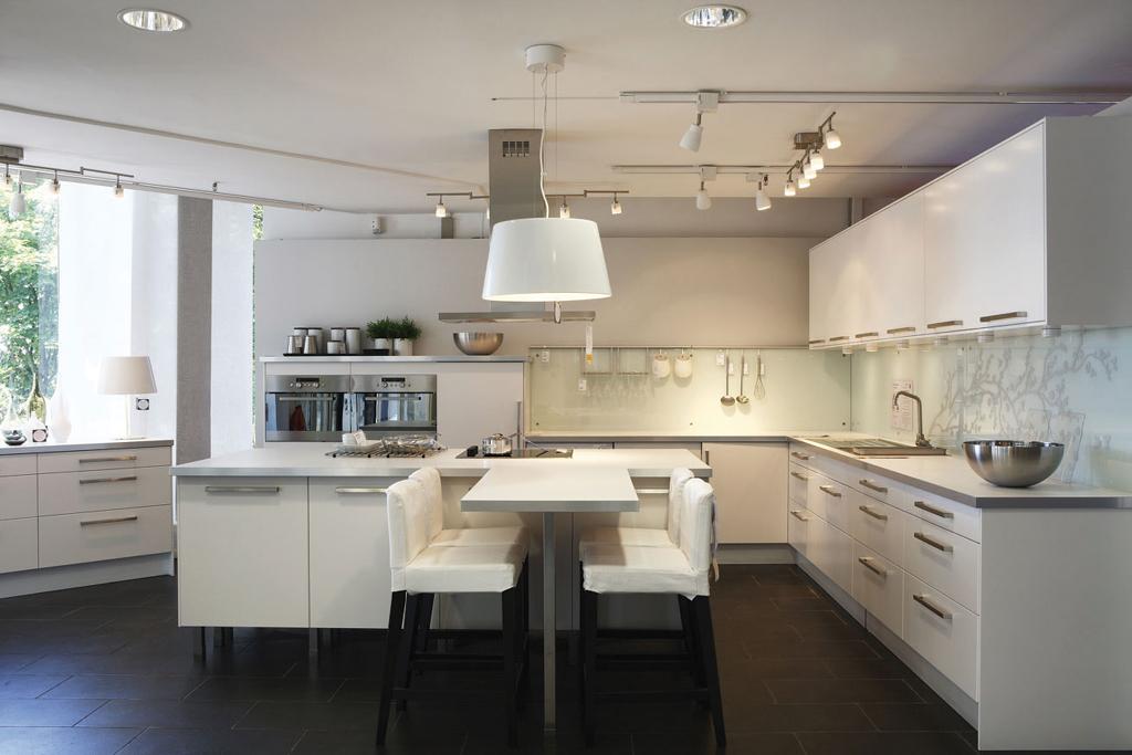 IKEA VELIZY -  Abstrakt blanc