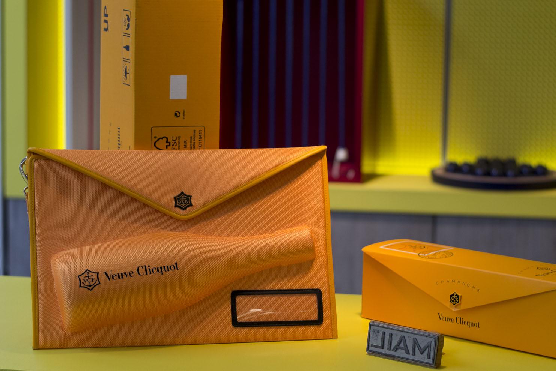 Clicquot Mail packagings pour Veuve Cliquot par le 5.5 DesignStudio