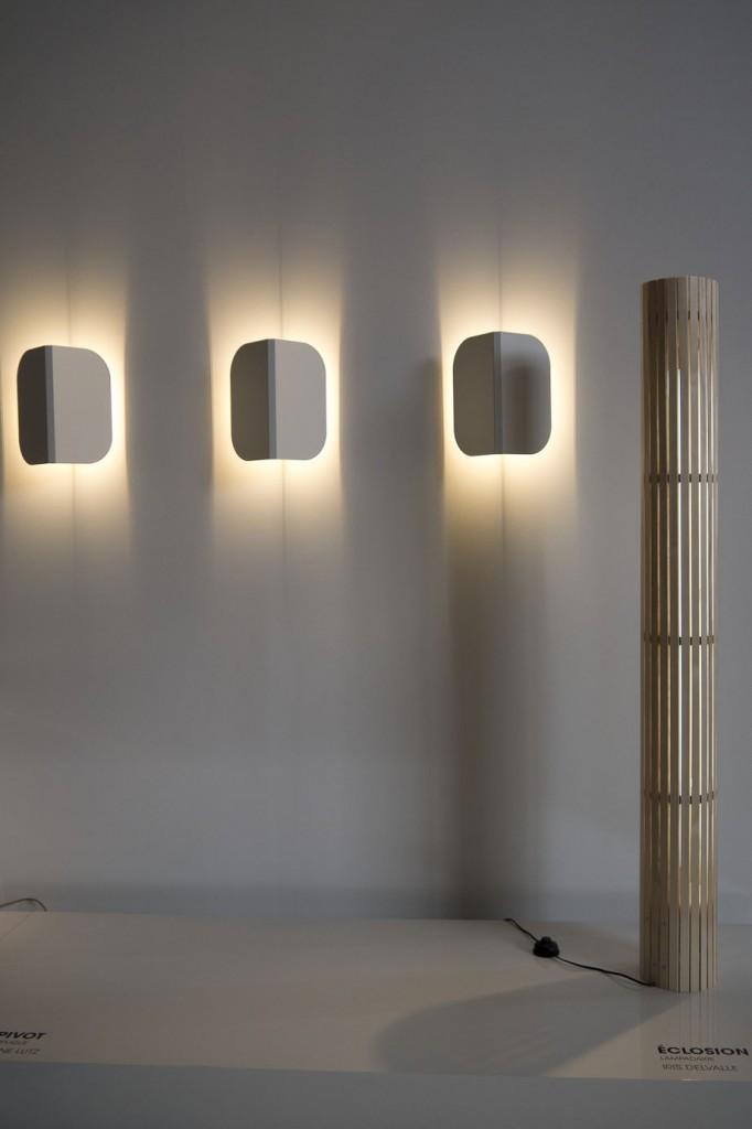 """Appliques """"Pivot"""" par Anne Lutz et lampadaire """"Eclosion"""" par Iris Delvalle lauréats du Concours CINNA - révélateur de talents"""