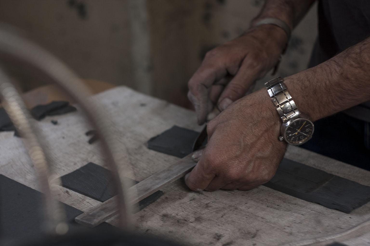 Mains de Frederick Gautier Tx100 en pleine création D-Days 2015 / Péniche Louise Catherine Le Corbusier - Paris