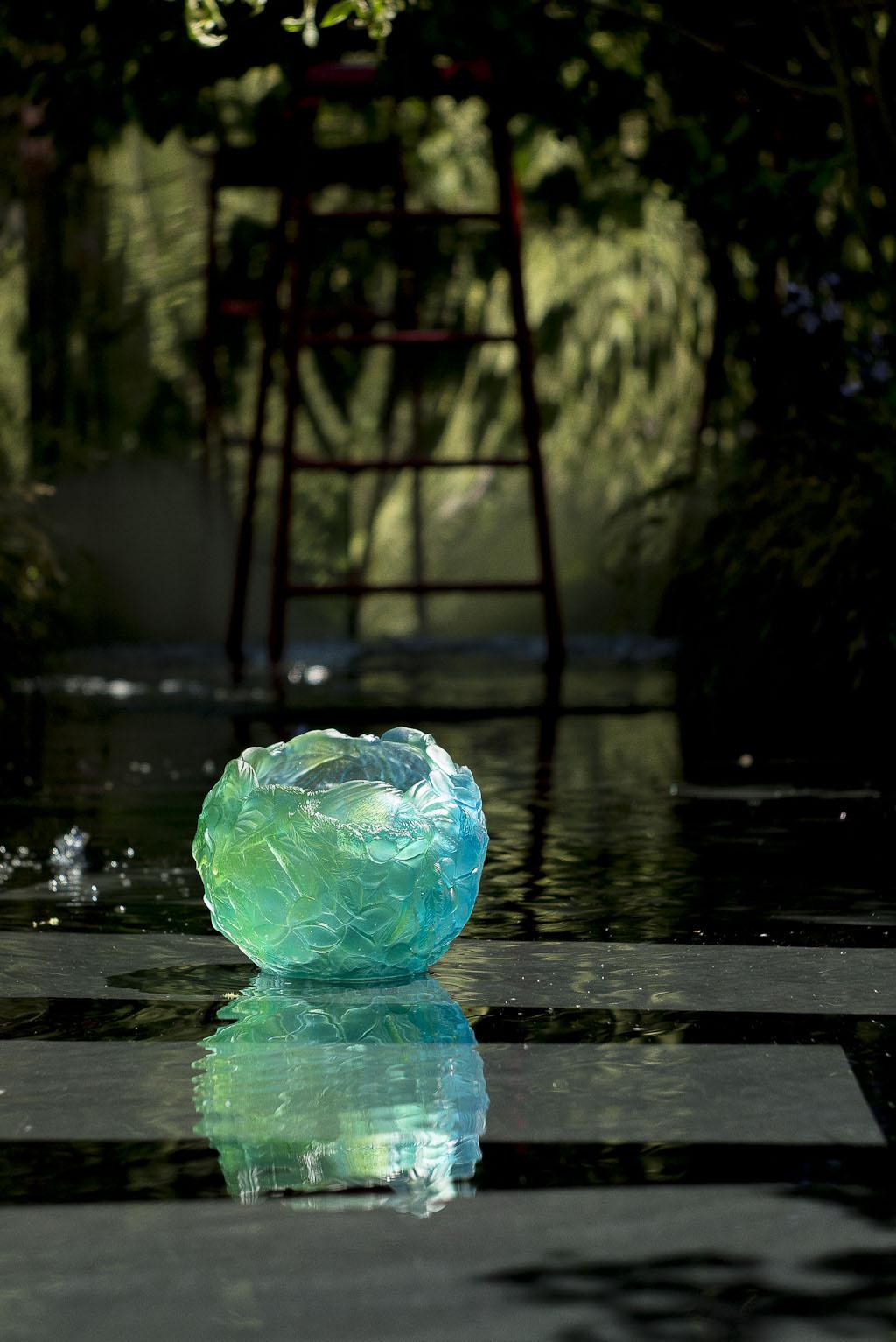 Le jardin noir par Conception Pierre-Alexandre Risser et Solenn Moquet du bureau d'études Horticulture & Jardins, vainqueur du trophée Daum pour le prix de la création paysagère Jardins Jardin 2015 aux Tuileries - Paris