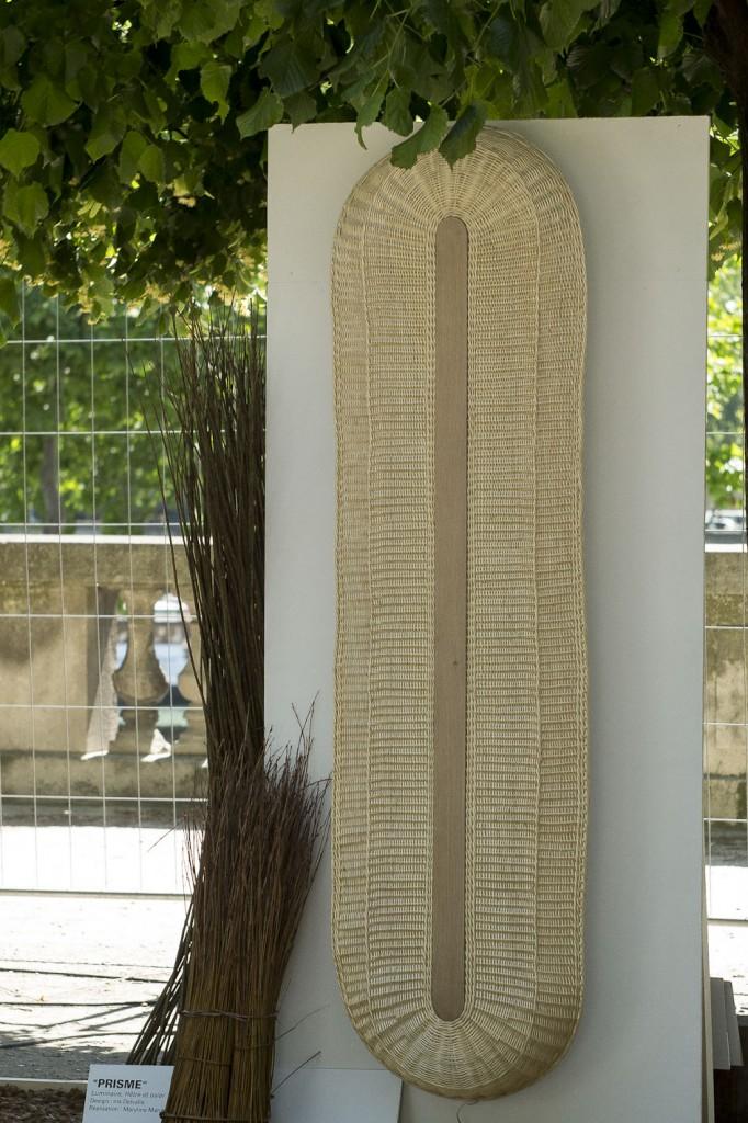 Luminaire en technique vannière par les designers Marine Hunot et Iris Delvalle - Jardins Jardin 2015 aux Tuileries - Paris