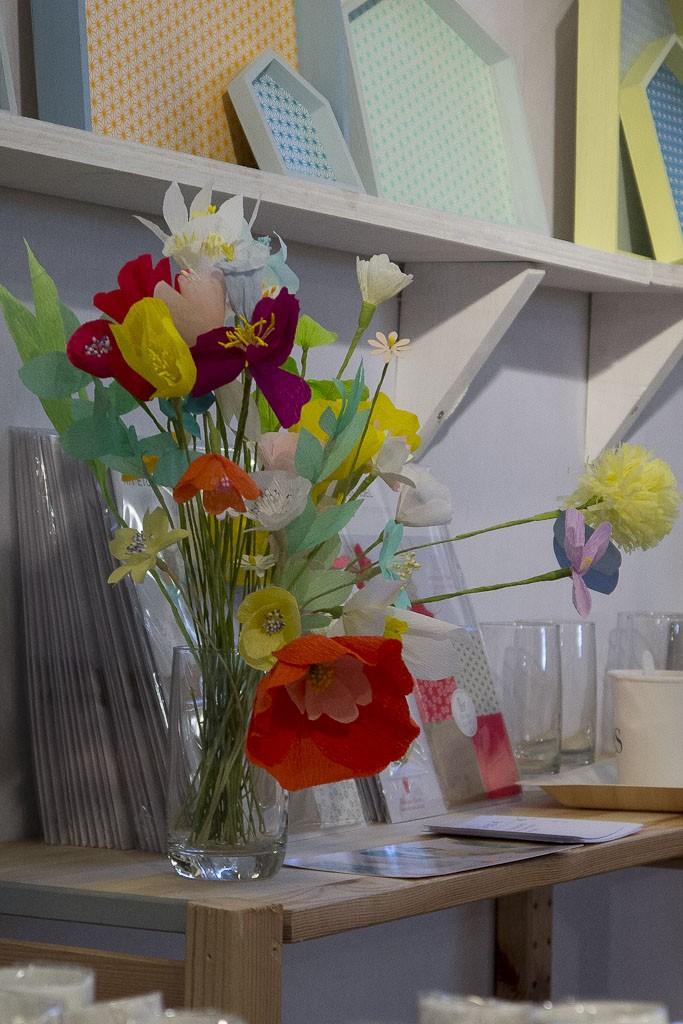 Ambiance fleurie chez Adeline Klam De jolies fleurs en papier